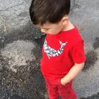 #宝宝#那么爱踩水塘,上次踩了袜子湿掉的教训也似乎完全没有吸取。说了不听啊,真的就这样随他去吗?