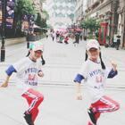 #精选##双胎姐妹欢欢乐乐#(七岁半)#舞蹈#,#宝宝#来段#魔性踢脚舞#,祝周末愉快❤️❤️