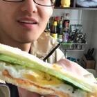 自制三明治,嫌不嫌弃...😀#吃货#