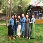#西藏美女#西藏美女多的是,各各都是大美女,看你们的了美女们??@美拍小助手 #爱就像蓝天白云,晴空万里,突然暴风雨#