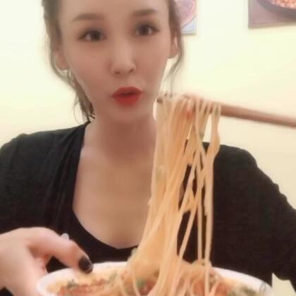 两天食玩日常拼接,重庆的美食太对口儿??罗中立美术馆的展览也很棒