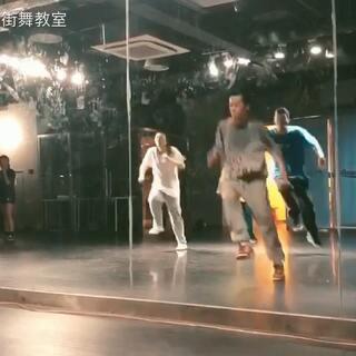 天津AE步骤消法的美拍:#天津街舞#寒假班HIP裂项相教室用的具体街舞图片