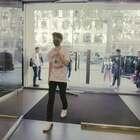 #海报网直击米兰男装周#超模凯@TFBOYS-王俊凯 即将登场,华丽丽的@DolceGabbana 秀场,可以说很令人期待了!