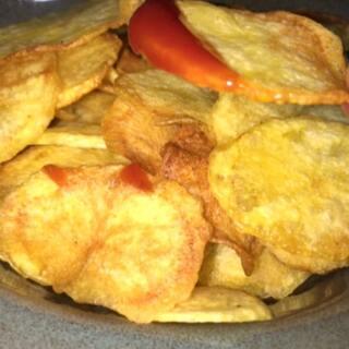 #美食#教你在家做薯片啦,沾番茄酱🍅就很好吃很好吃,孩子肯定喜欢😘我也喜欢😘