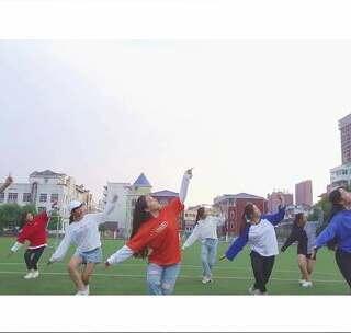 舞蹈TOP-DANCE的美拍:#编舞##街舞##舞蹈#看片会为什么女生a舞蹈图片