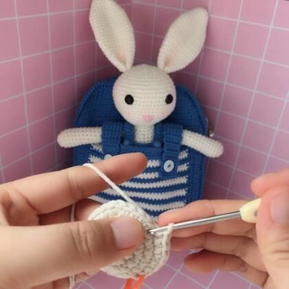 小兔子玩偶教程-4@美拍小助手 #手工#