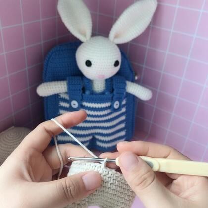 小兔子玩偶教程-15@美拍小助手 #手工#