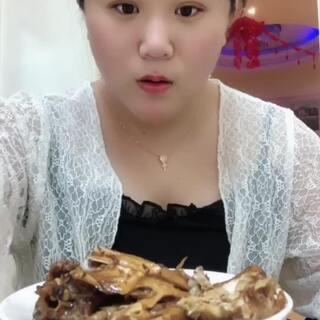 #吃秀#小胖子来给你们更新了,时刻提醒着自己是胖子,不用你们提醒了🤣🤣