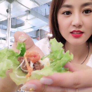 好久没跟妹妹一起出去溜达啦??大家都太忙,好不容易享受一个下午,美好的时间总是很短暂,吃了一家蛮有名的烤肉,感觉还好吧,没有那么惊艳,冷面,芝士好评#韩国烤肉##吃秀#