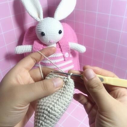小兔子玩偶教程-34@美拍小助手 #手工#