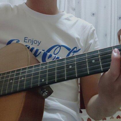 【弹吉他的马小歪美拍】09-02 14:37