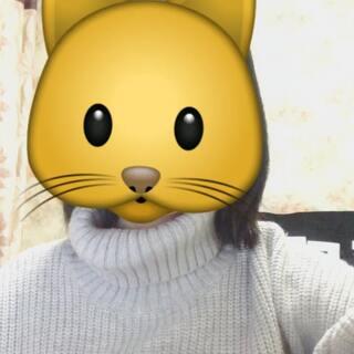#emoji歌王# 大赛!为毛还能露出来双下巴!!!????
