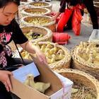 媳婦去趕集買鴨子,一只要19元,嚇的媳婦趕緊打電話給婆婆 #我要上熱門##美食##農村#