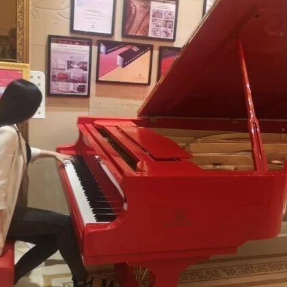 #水鋼琴惟一#即興編配#鋼琴#演奏《我愛你中國》????????#我愛我的國#@美拍小助手
