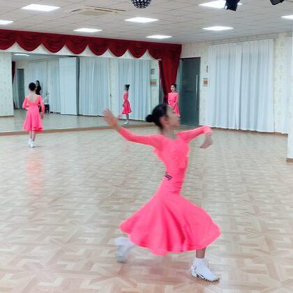 """余宴孜華爾茲。""""上海圓夢舞蹈""""期末公開課。#少兒摩登舞##摩登舞##余宴孜#"""