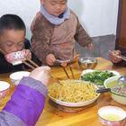 炒土豆,一炒一大盤,土豆絲這樣吃真香 #我要上熱門##美食##農村#