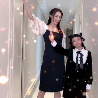 灵灵才八岁,到妈妈肩膀高了,将来不会又比老爸高吧...😭😭😭@言真INKY #广东夫妇#
