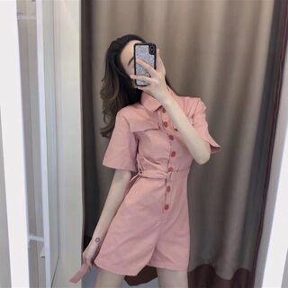 #今天穿什么##穿搭#  ♡  连体裤  夏天必备单品,粉色系上身更是显白衬人. 满满的工装气质 好看不挑人 