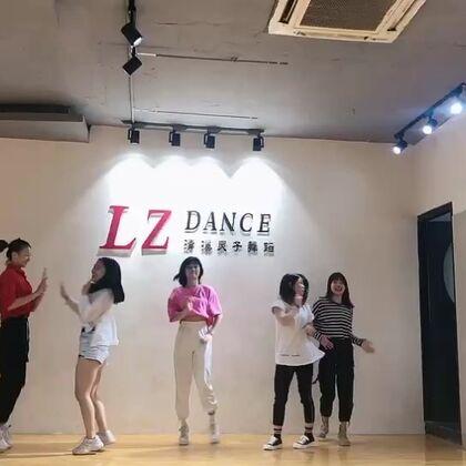 【水灵子舞蹈~Cici美拍】19-06-02 18:34