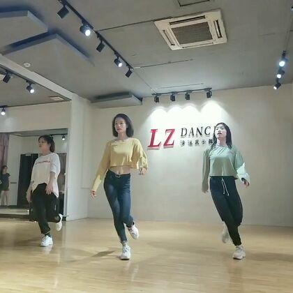【水灵子舞蹈~Cici美拍】19-06-02 18:17