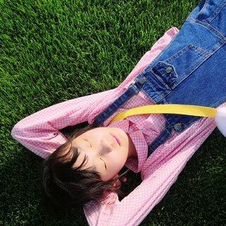 #夏天的風##綠草地#孩子,十一年前因為你的降臨,這一天成了一個美麗的日子,從此世界便多了一抹誘人的色彩,祝你生日快樂??!健康開心每一天!