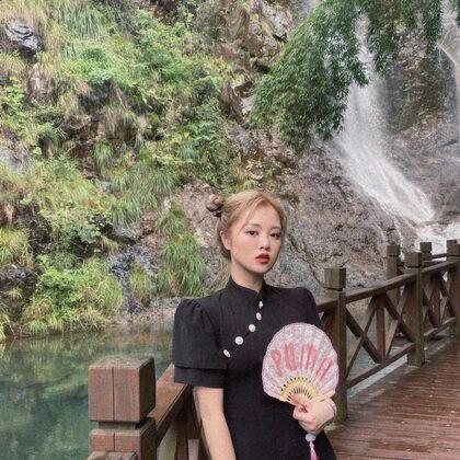 【7.13】小喬村口店https://shop366615250.taobao.com/shop/view_shop.htm?shop_id=366615250 開拍了姐妹們~ #小喬的分享##時尚穿搭#