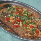 翘嘴鱼的喜欢捕捉小鱼维生,所以肉质相当鲜美。吃法居多今天简单分享两种最常见的吃法#黄掌勺##美食##家常菜#