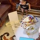 生日还没过,蛋糕先毁了……