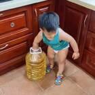 上个洗手间的功夫,血压瞬间飙到280!#孩子静悄悄,必定在作妖#