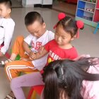情商这东西真是天生的,赢在起跑线上的小帅哥 #幼儿园里欢乐多#