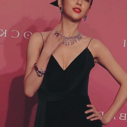 佟丽娅 确实太瘦了,但真的是太漂亮了