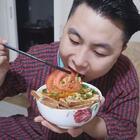 在家自制手擀卤肉面,面条筋道卤肉量足,大口吃面大片吃肉,过瘾#美食##面食#