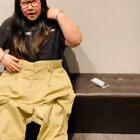 周杰伦联合助理大妮呈现最新魔术表演发文:哥的新魔術 Magic🎩