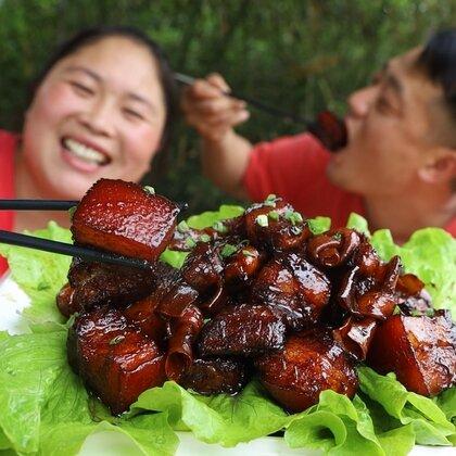 胖妹一顿不吃肉,感觉心里就难受,秘制4斤可乐红烧肉,吃过瘾#美食#