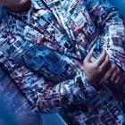#周杰伦时尚先生大片 时尚先生为周杰伦拍了一组大片,氛围感满满!周董已经是第五次登上了时尚先生封面!#周杰伦五登时尚先生封面