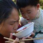 婆婆最近没胃口,胖妹做番茄火锅鱼,色泽诱人,小女儿嘴太馋了